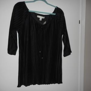 NEW French Laundry Black Pleated Top 3/4 sleeves M